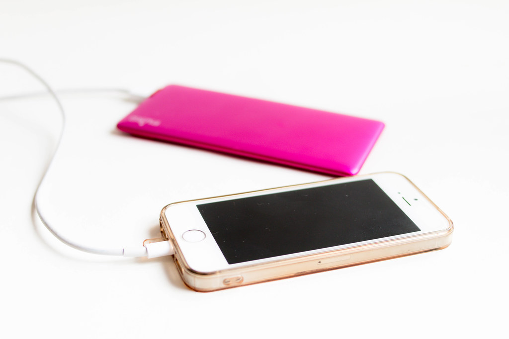 iPhone 5c with pink charger by wuestenigel, on Flickr