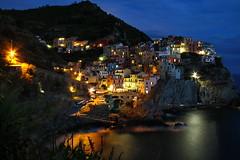 Cinque Terre 0635 (nouailleric) Tags: italie italia cinqueterre cityscape ligurie manarola night nightshot poselongue longexposure canon eos7d voyage travel mer
