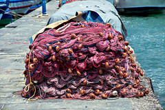 Fish Nets at  #Seaport of #CT  #Sicilia #Italia . (rossolavico) Tags: europa europe italia italy italien sicilia sicily sizilien catania marionio ioniansea imbarcazioni boat cielo sky portodicatania seaport mare sea capitaneriadiporto capitaneriadiportodicatania portauthorities coastguard coastguardcatania pompieri vvf guardiadifinanza polizia vigilidelfuocokatane squatritomassimilianosalvatore rossolavico centrostoricocatanese nikond3100 nikon fileraw filerawnef filerawnefconversionjpeg flickrsicilia viewnx2users