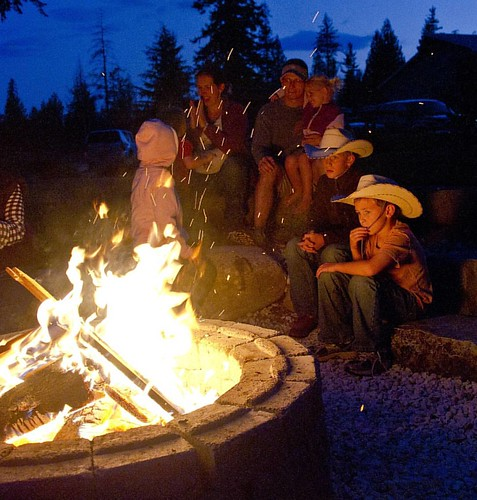 Who is ready for evenings around the campfire?  #wpguestranch #duderanch #guestranch #campfire #ranchlife #ranchvacation #westernvacation #optoutside #childrenofmountains #childhoodunplugged #visitidaho #sandpointidaho #exploreidaho #experience #18summers