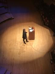 2017-03-30 21.50.19 (FrogMiller) Tags: neilgaiman gaiman author lecture speech talk segerstrom costamesa