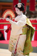 Maiko (byzanceblue) Tags: 舞妓 宮川町 京都 平安神宮 姫三社 奉納舞踊 ふく朋 maiko geisha kyoto miyagawacho gion kimono japan japanese asian woman female girl beauty beautiful color bokeh