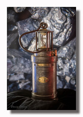 Lampe de mineur, Arras (Gremine) Tags: nostrobistinfo removedfromstrobistpool seerule2 lampen grubenlampen mines mineur coal lampe arras maxei mining bergbau