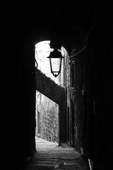 Viterbo (Criochi) Tags: viterbo italy italia streetphotography street streetlight blackandwhite bnw