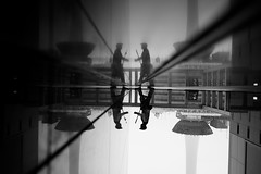x4 (maekke) Tags: kyoto japan streetphotography pointofview pov reflection rain man travelling fujifilm x100t bw noiretblanc 2017 35mm