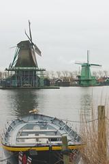 Zaanse Schans (Jorgepevet) Tags: zaanseschans windmils molinos holanda holland canal explored explore