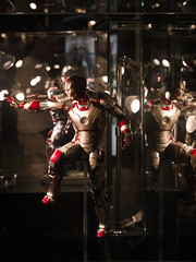 IRON MAN - 1012409 (ready_aim_snap) Tags: toys action ironman tony marvel stark figures ironmonger warmachine manuallens legacylens
