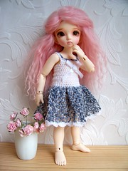 Gwen, grey mixed yarn, what do you think? (Debi Doo Doll) Tags: lisa bjd fairyland yosd littlefee