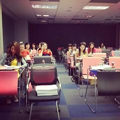 Teaching class at Chula ปริญญาโทและเอกของหลักสูตร TIP (สาขาวิชาธุรกิจเทคโนโลยีและการจัดการนวัตกรรม) ของจุฬาฯ ในวิชา e commerce