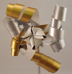 Gold Silver Curled (lacecrazy) Tags: paperfolding silverandgold paperstrips curledends foursidedstars
