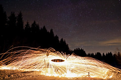 Steelwool Spin (SpotShot) Tags: longexposure sky wool canon stars eos 22 long exposure steel himmel m f2 stm sterne stahl langzeitbelichtung steelwool wolle 22mm stahlwolle canoneosm canonefm22mmf2stm canon22mmf2stm