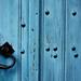 Porte bleue ferme Boussac