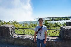 King @ Niagara (Le Petit King) Tags: portrait toronto ontario canada niagarafalls king sony niagara northamerica lakeontario gta baba daytrip businesstrip   nex   2013 greatertorontoarea  bztrip  leschutesduniagara     nex3n 20130914