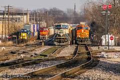 BNSF 9726 | EMD SD70MAC | BNSF Thayer South Subdivision (M.J. Scanlon) Tags: emd sd70mac bnsf bnsfrailway burlingtonnorthernsantafe burlingtonnorthernsantaferailway powderriver bnsf9726 bnsf4711 bnsf4501 csx6475 y301j emhsbtm epambtm pbirlac unit engine locomotive signal light rail railroad railway train track power horsepower scanlon canon eos digital freight transportation merchandise commerce business haul outdoor outdoors move mover moving rebel railfan railfanning logistics steelwheels railroader transport cargo trains wow mojo photo photography photographer photograph capture picture mjscanlon mjscanlonphotography super ©mjscanlonphotography ©mjscanlon image perspective view impression