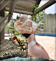 Kiss my Mommy ♥ Blog#7 (Araxenia) Tags: toddleedoo pose posen blogg baby mommy love secondlife sl sponsor princess