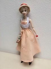 Momoko new clothes (jenniffervalverde) Tags: momoko barbie diorama poppyparker fashionroyalty mattel pant skirt vespa