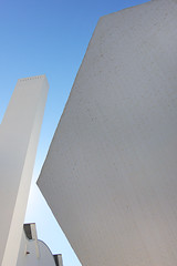Dodecaedro (Eduardo Valero Suardiaz) Tags: white blue chimney azul blanco institutoeduardotorroja torroja instituto eduardo csic dodecaedro dodecahedron chimenea ietcc madrid espaãƒâ±a