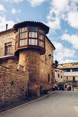 Poza de la Sal, Burgos (Garte28) Tags: sigma 30mm nikond90 nikon d90 burgos village pueblo españa spain europa europe castillayleon lightroom sky house prime primelens