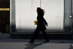 Flowers 72-2017 ( serie walkers ) (Kairos !) Tags: walker walkers walk walking shadow urban city street streetview streetwalk streetphotography streetphotographer fujifilm fujixt10