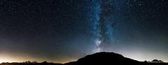 Quelque part sur Terre ... un ciel étoilé (oncle_john) Tags: ciel étoiles voielactée stars sky paysage nuit landscape night montagne onclejohn canon 5d mark3 5d3 mk3 momentsdecapture