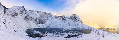 雷納漁村湖(Reine's ice lake) (牛一隻(Arthur)) Tags: 挪威 雷納 光 絢麗 山 樹 天空 冬天 驚艷 norway reine light gorgeous mountain tree sky winter stunning 房子 house 水 water 岸邊 船 海邊 峽灣 船屋 碼頭 海 海洋 橋 shore boat seaside fjord houseboat pier sea ocean bridge 雪 snow lofoten island 羅浮敦群島 冰 ice 夕陽 雲 流動 平靜 倒影 黃昏 太陽 島嶼 hamnøy hamnoy 色溫 sunset clouds flowing calm reflection dusk sun colortemperature nordland 諾爾蘭郡 風景 landscape 湖泊 lake outdoor 戶外