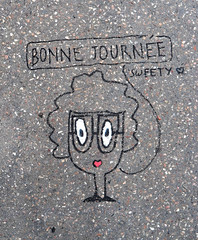 Streetart on pavement [Lyon, France] (biphop) Tags: europe france lyon croixrousse streetart graff message pavement trottoir street bonne journee