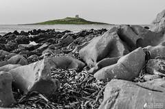 Isola delle Femmine (Antonino Chiappone Surdi) Tags: isoladellefemmine femmine isola sicily sicilia biancoenero blackandwhite isolotto scogliera scogliere mare sea