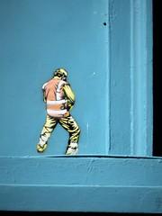 Jaune / Oostende - 9 apr 2017 (Ferdinand 'Ferre' Feys) Tags: oostende ostend belgium belgique belgië streetart artdelarue graffitiart graffiti graff urbanart urbanarte arteurbano jaune