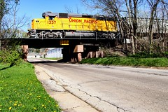 Ten Feet Zero Inches (Laurence's Pictures) Tags: cnw chicago northwestern railroad union pacific muscle line south beloit illinois wisconsin grain unit train freight transportation rockford rockton roscoe cvered hopper emd gp38 rail midwest sobo