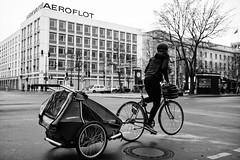 Aeroflot (michael.mu) Tags: leica m240 berlin blackandwhite bw monochrome silverefexpro streetphotography 35mm leicasummicron35mmf20asph leicasummicronm1235mmasph aeroflot bicycle unterdenlinden