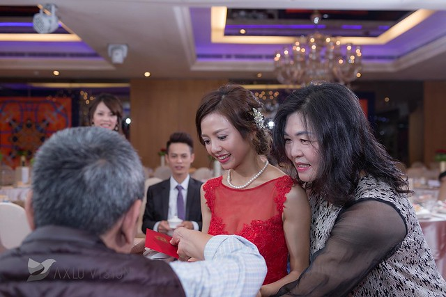PrereleaseWeddingDay20170422_075