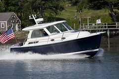 Back cove 30 ext (Soundings Magazine) Tags: boats pocketcruisers cruisers yachts
