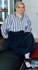 Ingrid024133 (ingrid_bach61) Tags: pleatedskirt faltenrock buttonthrough durchgeknöpft blouse