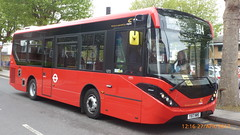 P1510180 1272 YX17 NWS at Homerton Hospital Homerton Grove Homerton London (LJ61 GXN (was LK60 HPJ)) Tags: enviro200 enviro200d enviro200mmc e200d enviro200dmmc mmc majormodelchange 90m 8995mm hackneycommunitytransportgroup ctplus 1272 yx17nws g2865
