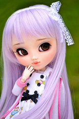 Tinkle (Pullip custom by Poison Girl)  (Suki) Tags: cute purple outdoor lilac groove pullip custom browneyes pullips bnp poisongirl junplanning