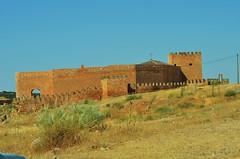 castillo pearocha (Curro61) Tags: espaa real edificios ciudad ciudades cielo castillo