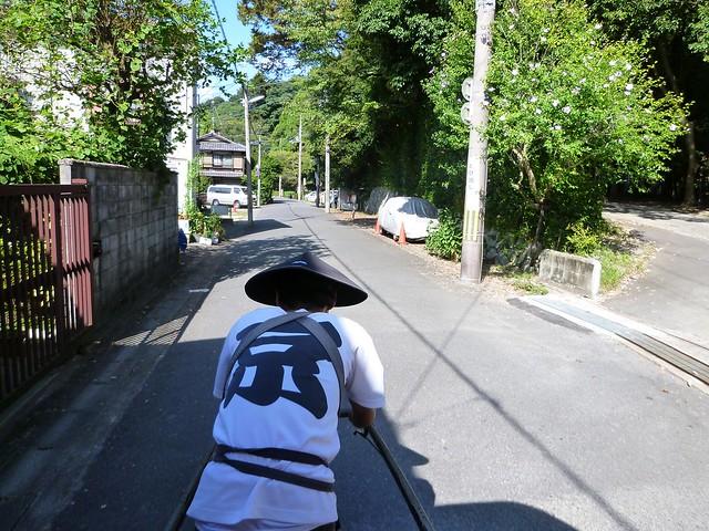 人力車を引いてくださったお兄さんの逞しい背中です!京都のお。|