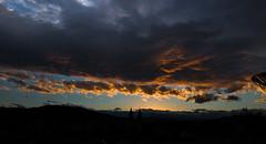 Entardecer com nuvens! Clouds sunset! (mateuspabst) Tags: sunset sun night clouds cityscape cloudy nuvens pabst santacatarina crepusculo mateus entardecer taio twillight mateuspabst