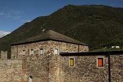 Burg Castello di Sasso Corbaro ( Schloss Unterwalden  - Chteau ) ob Bellinzona im Kanton Tessin - Ticino in der Schweiz (chrchr_75) Tags: schweiz switzerland tessin ticino suisse swiss september christoph bellinzona svizzera suissa kanton chrigu 1309 2013 chrchr kantontessin bellenz hurni kantonticino chrchr75 chriguhurni bilitio stadtbellinzona september2013 chriguhurnibluemailch hurni130918 albumstadtbellinzona