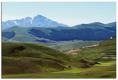 Hills, mountains and slopes (pongo 2007) Tags: mountains hills umbria castelluccio sibillini pongo2007