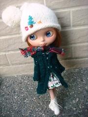 Long knitted coat for blythe