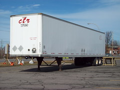 CTR TP5380 53' Manac trailer Ottawa, Ontario Canada 03152010 ©Ian A. McCord (ocrr4204) Tags: ontario canada kodak ottawa pointandshoot trailer mccord 53 easyshare remorque 53ft 53foot c813 ianmccord ianamccord