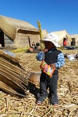 Lago Titicaca Islas de los Uros su gente Peru  06 (Rafael Gomez - http://micamara.es) Tags: peru uros titicaca de lago los gente perú su islas flotantes