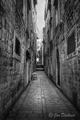 Santorini Walkway (Jon Dickson Photography) Tags: island cobblestone thira thera mygearandme mygearandmepremium