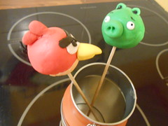 Cake pops dcors pate  sucre (Idees-Delices) Tags: bird birds cake pop patisserie angry icing decor pate sucre fondant popcake
