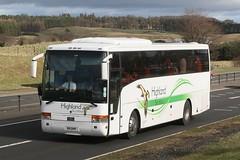 318DHR  Highland Scotbus, Inverness (highlandreiver) Tags: bus coach perthshire highland perth van inverness scania blackford a9 hool scotbus 318dhr vision:outdoor=0927 vision:car=0806 sk03axf