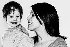 (Kuttyale) Tags: bw baby love smile blackwhite famiglia bambini mother picture mum mamma sorriso ritratto amore bianconero bambina
