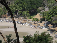 Hidden Cove (knightbefore_99) Tags: sun west sol beach mexico coast sand warm pacific playa mexican tropical hermosa zihuatanejo palapas guerrero