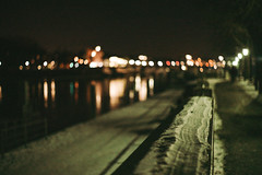 nightscape (mripp) Tags: regensburg ratisbonne night nacht urban city stadt bokeh art kunst retro leica m winter snow schnee summicron 50mm