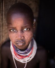 Etiopia (mokyphotography) Tags: africa etiopia southetiopia ethnicity etnia ethnicgroup tribù tribe tribal people persone portrait ritratto karo viso face villaggio village valledellomo omovalley omoriver occhi omo